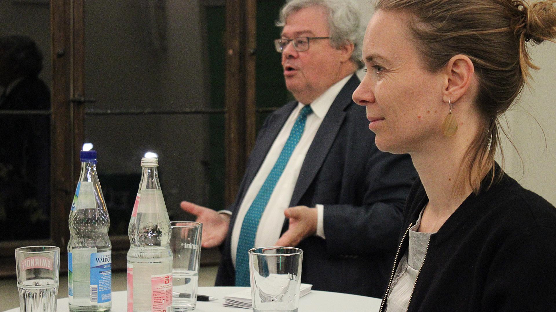 …und Europa zieht doch: Reinhard Bütikofer und Anna Cavazzini in Jena
