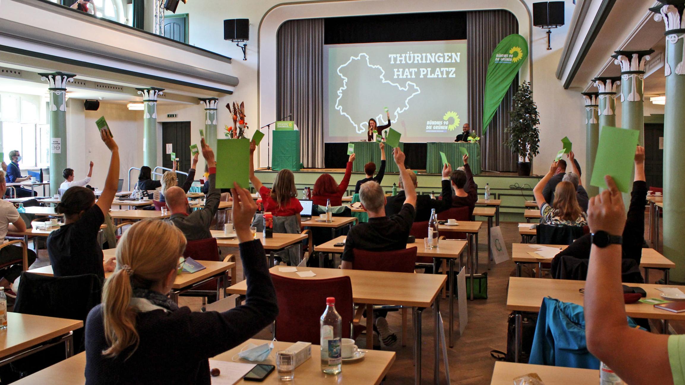 Grüner Parteitag einstimmig: Klima und Bildung haben oberste Priorität